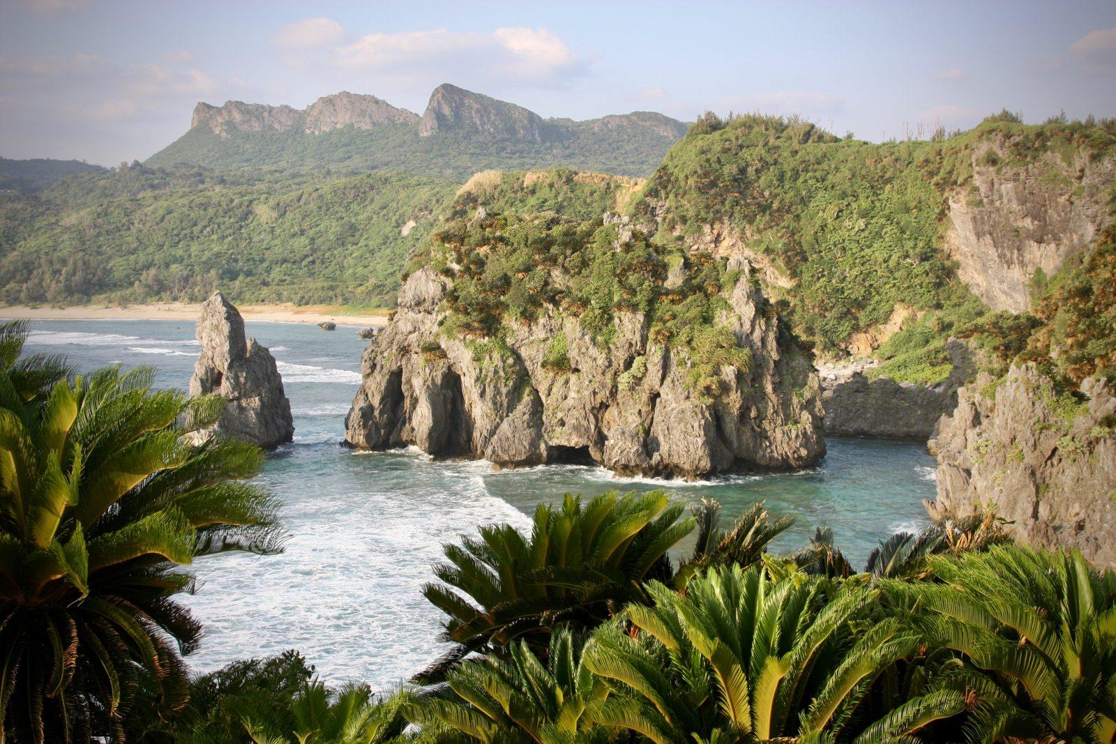 Küste Okinawa Zorillafilm Grospitz Westphalen